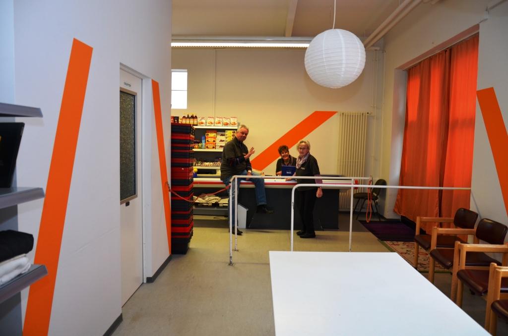 Tafelladen hat neue praktische Regale und frische Wandfarben - Februar 2017