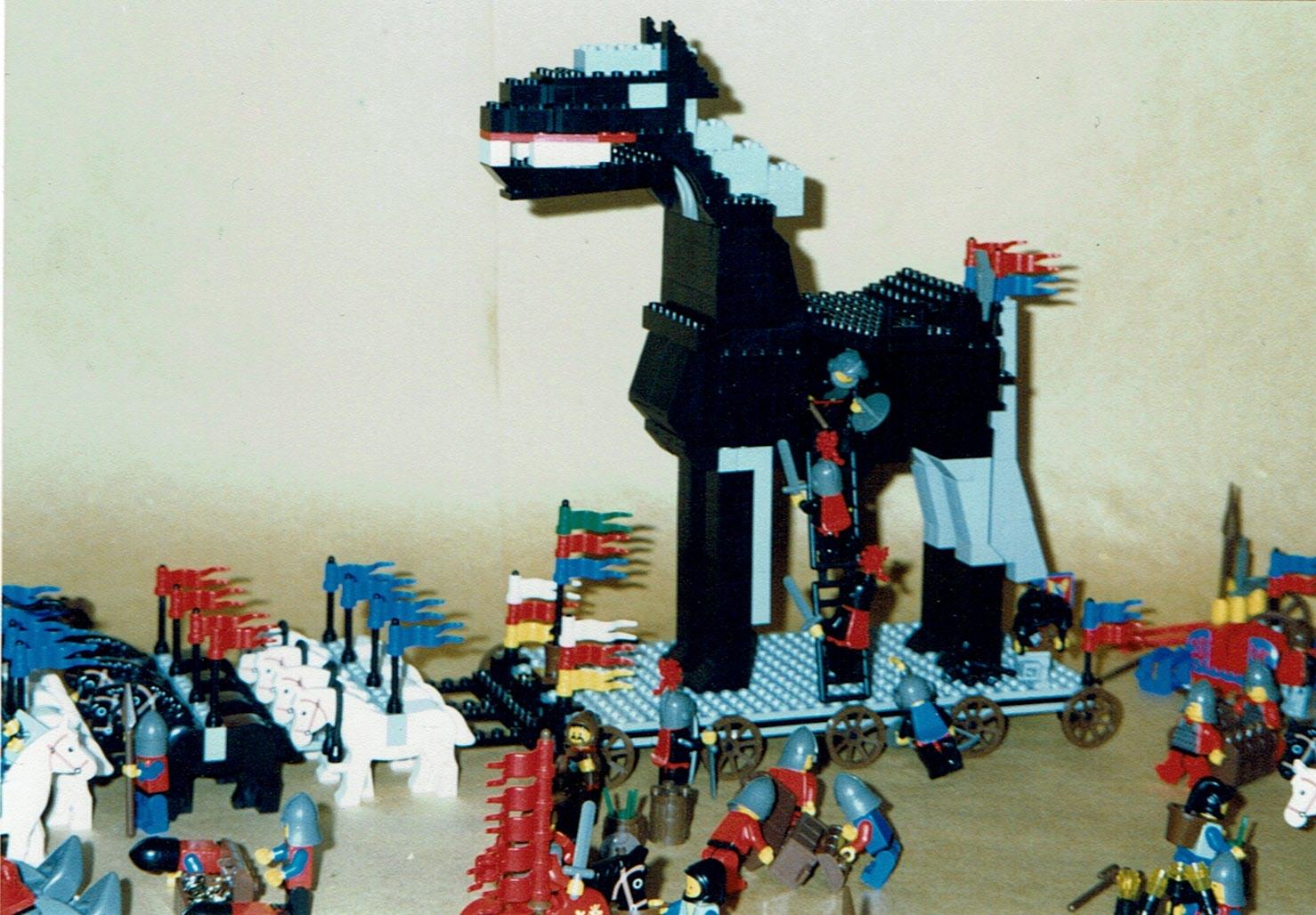 auch das Pferd von Troja war ein Pferd