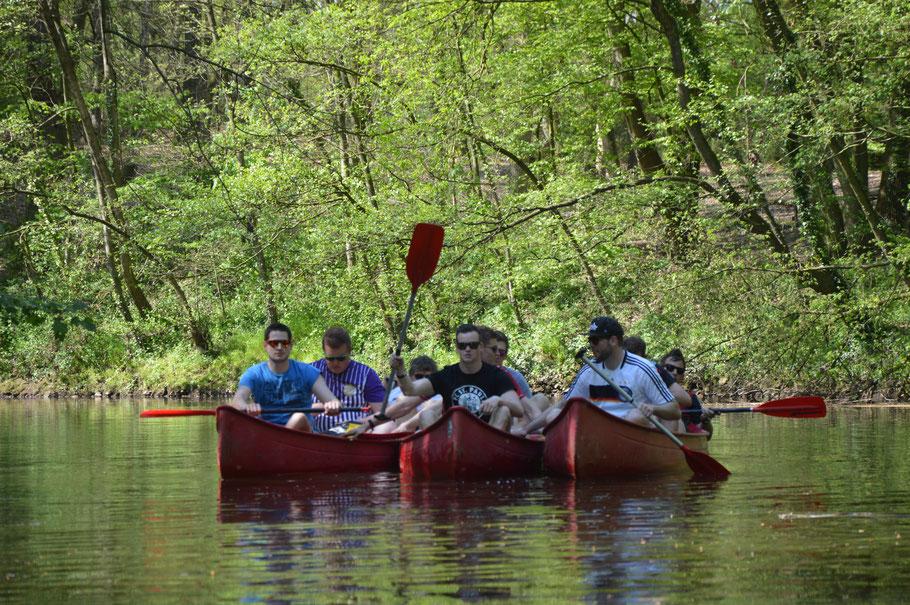 Jede Menge Spaß auf Dinkel und Vechte mit den Kanus