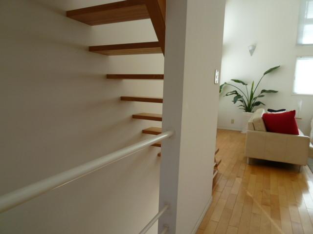 シースルーな階段