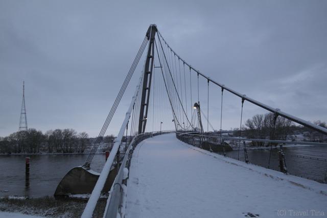 Herrenkrugbrücke.