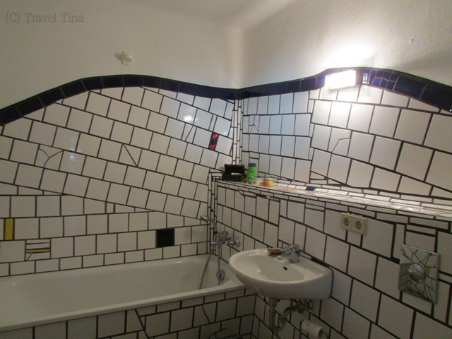 Einblick ins Bad der Musterwohnung.