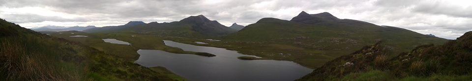 Loch in den Highlands/ Schottland.