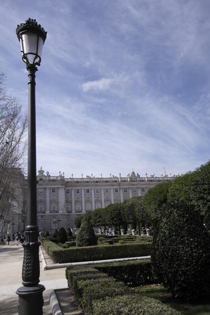 Königspalast von Opern Vorplatz aus gesehen
