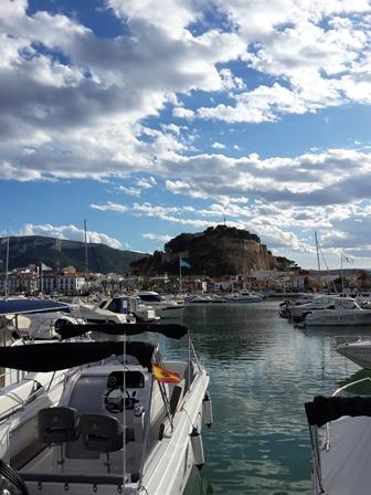 Schnappschuss von der Burg, dem Hafen und der tollen Wolkenformation.
