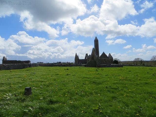 Klosterruinenanlage Kilmacduagh.