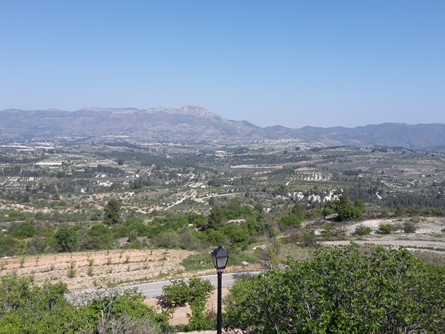 Vom Torre aus hat man einen tollen Blick auf die Sierra de Almudaina.