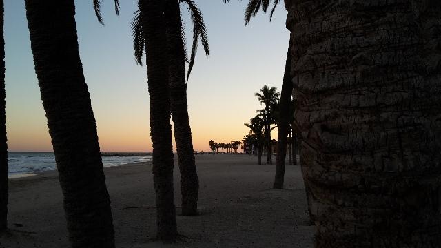 Sonnenuntergang in Villajoyosa/ Spanien.