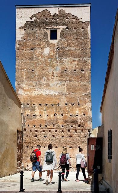 Der Torre de Almudaina im gleichnamigen Dorf. (c) Ángel García, CBN