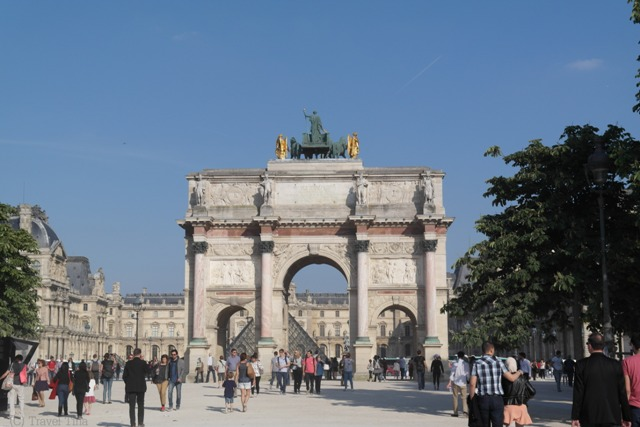 Auf dem Weg zum Louvre.