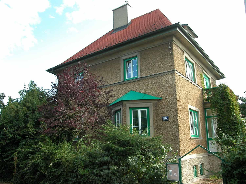Bestand: Villa aus den 30er Jahren