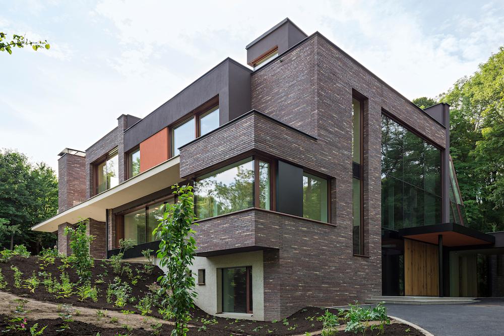 Villa mit Klinkerfassade