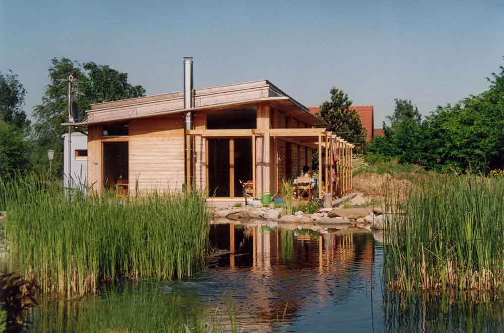 Holzhaus am Schwimmteich