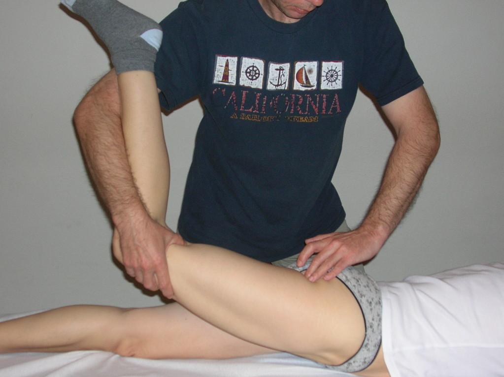 Behandlung mittels Autonomer osteopathischer Repositionstechnik