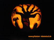 Halloween_Kürbis_Motive_Vorlagen_Baum