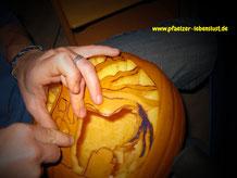Halloween_Kürbis_schnitzen_Motive_Vorlagen_Baum