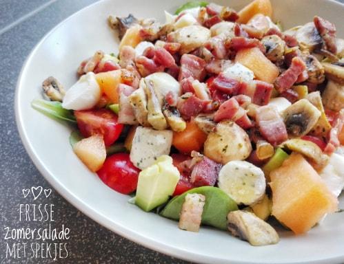 Frisse zomersalade met gerookte spekjes