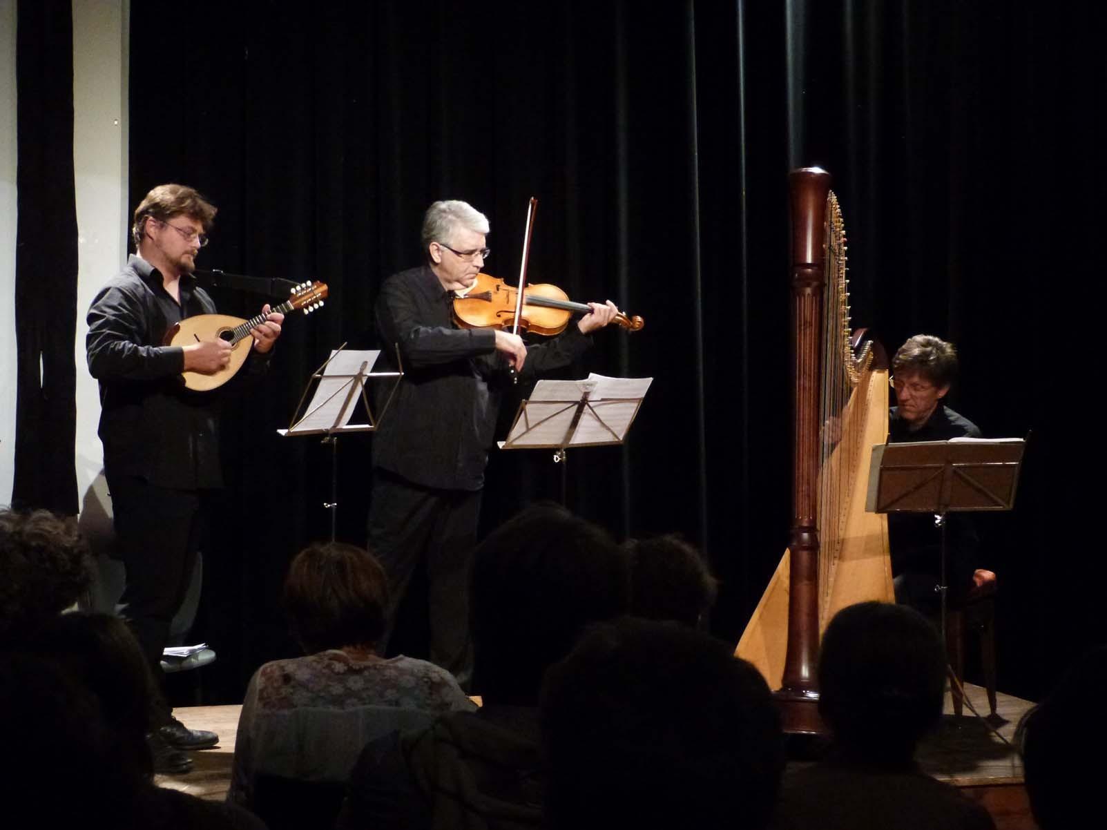 Vincent Beer-Demander, Mandoline / Pierre-Henri Xuéreb, Alto / Fabrice Pierre, Harpe