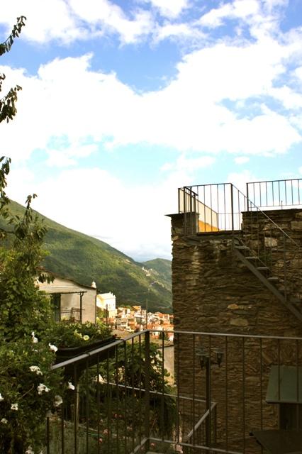 Terrasse mit Blick über Rezzo
