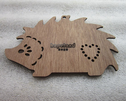 laser cut animals hedgehog, walnut