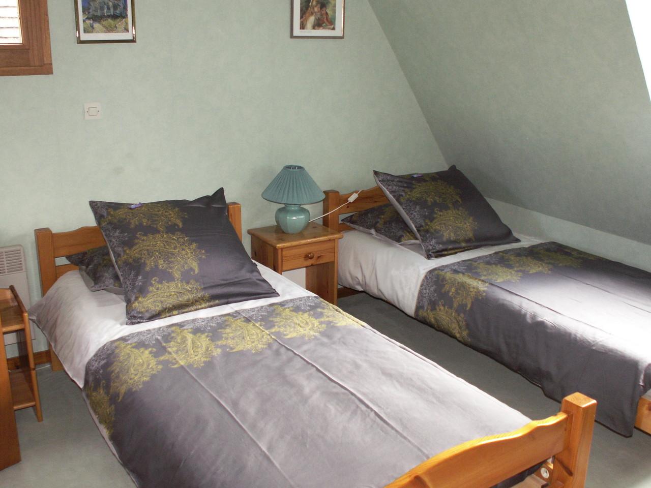 La chambre VAN GOGH avec 2 lits jumeaux - Chambres d'hôtes à Reilly