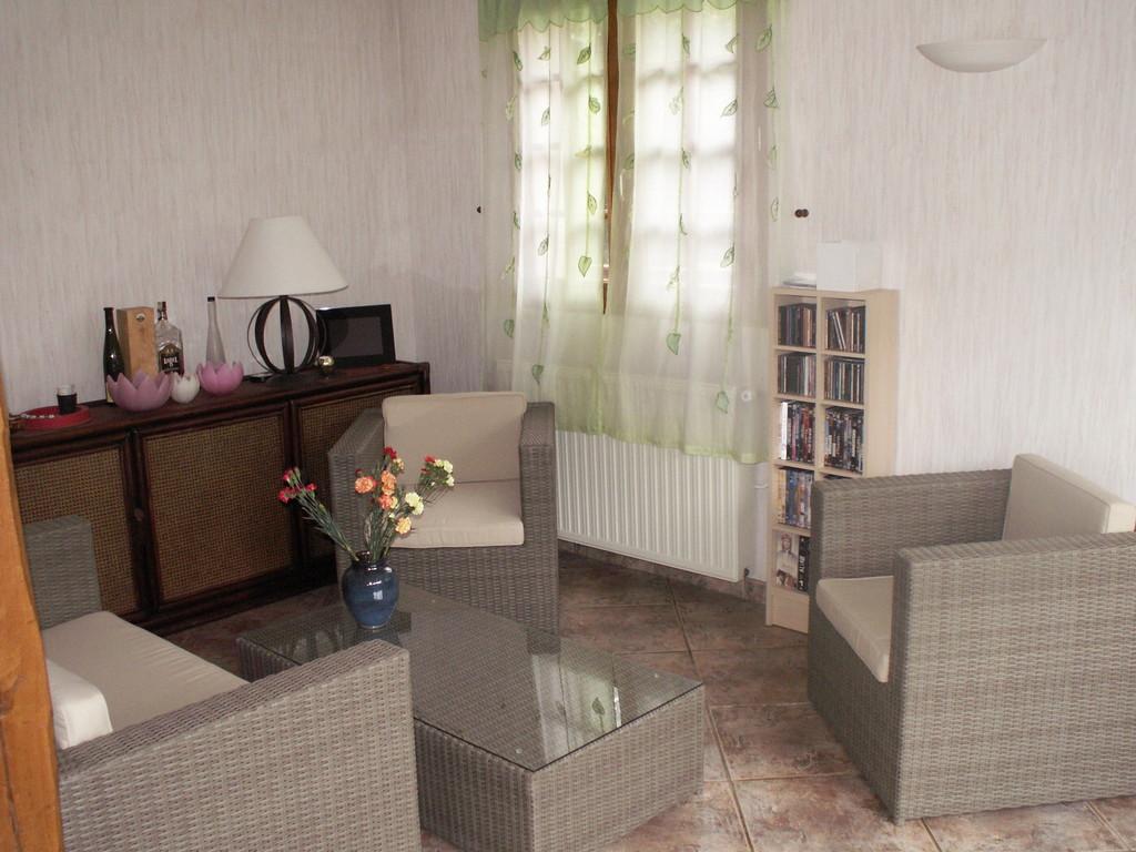Le petit salon du RDC - Chambre d'hôtes à Reilly