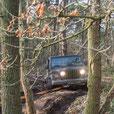 Bergung Jeep TJ mit ARB Snatch Strap im Offroad Gelände Weeze