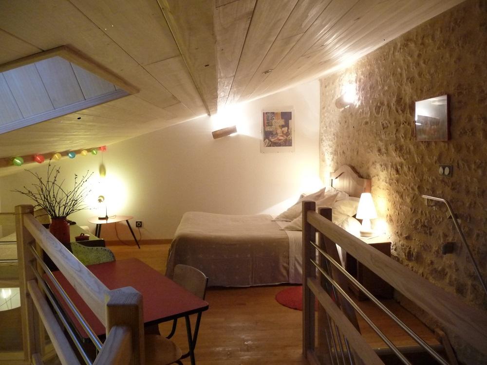 Gîte La Ponne, la chambre en mezzanine