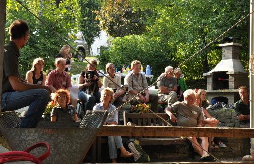 Das Publikum beim gespannten Zuhören