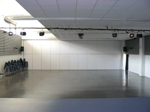 Salle (250 m²)