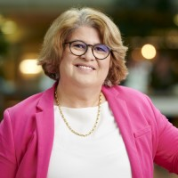 Vera Schneevoigt, Expertin für Digitalisierung, Digitale Transformation und Industrie 4.0.