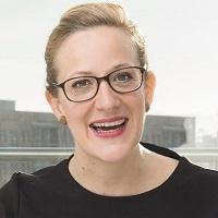 Anna Magdalena Bössen - Expertin für Stimme, Persönlichkeit, Auftritt und Humor