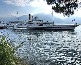 Weitwandern ohne Gepäck auf der Via Alpina: Genfersee Dampfschiff Rhône
