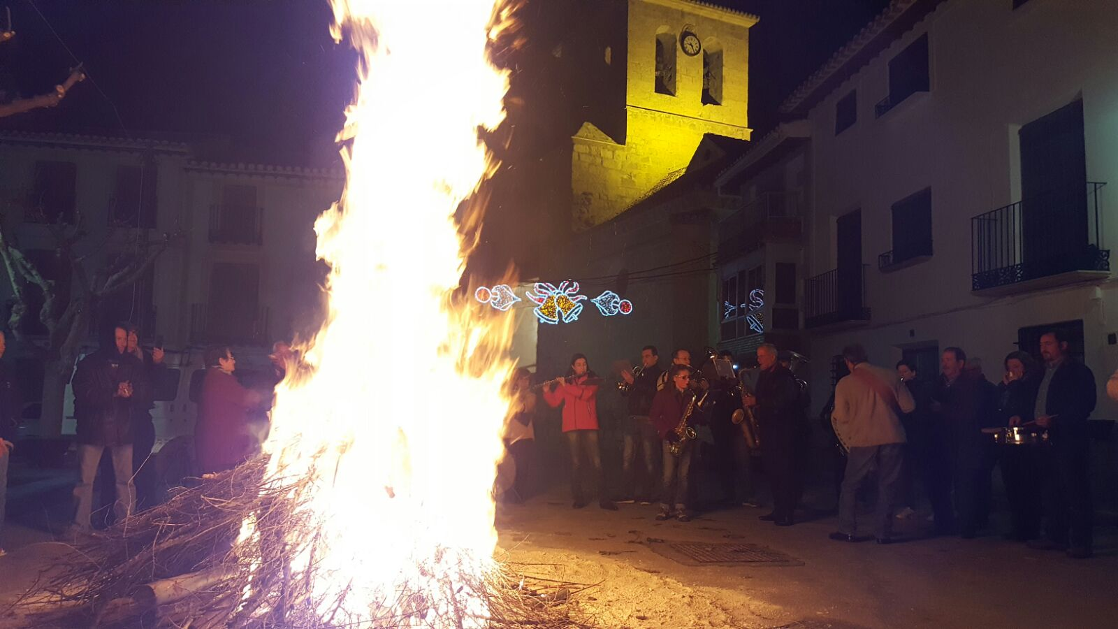 Hogueras de Santa Lucía 2017. Foto: Miguel A. Martínez Muñoz