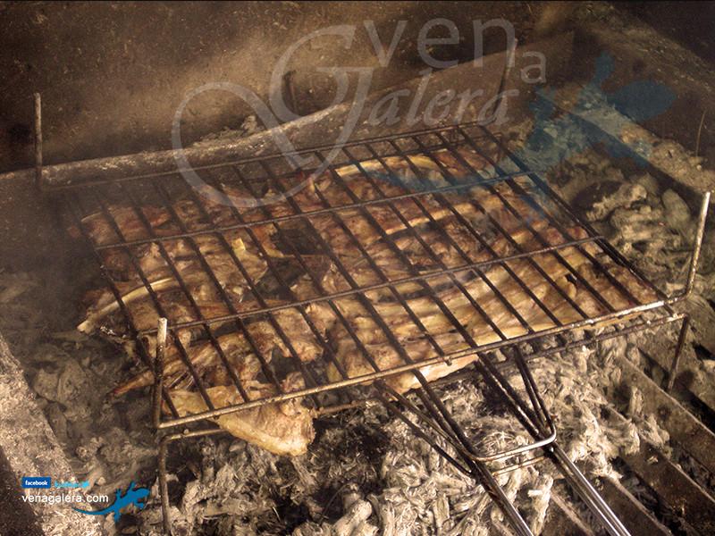 Gastronomía de Galera - Cordero segureño asado. Foto: @venagalera