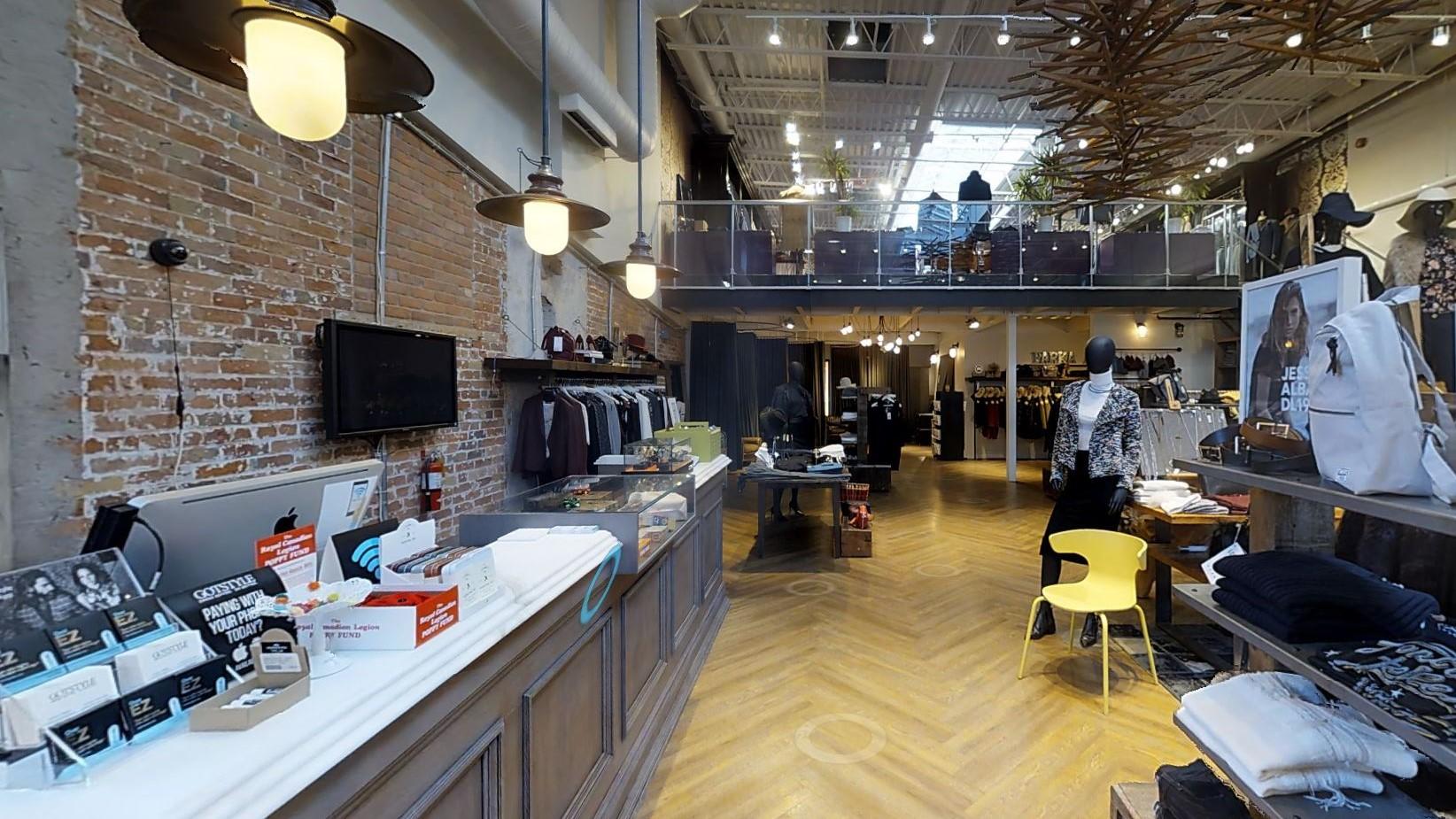 Mehr Kunden für Stores durch virtuelles Shoppingerlebnis mit Links Onlineshop