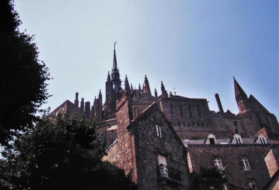 Saint-Michel von unten