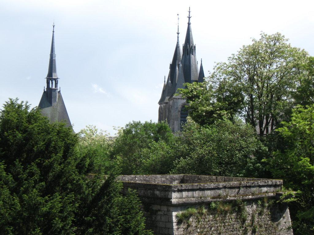 die Kathedrale vom Schloßhof