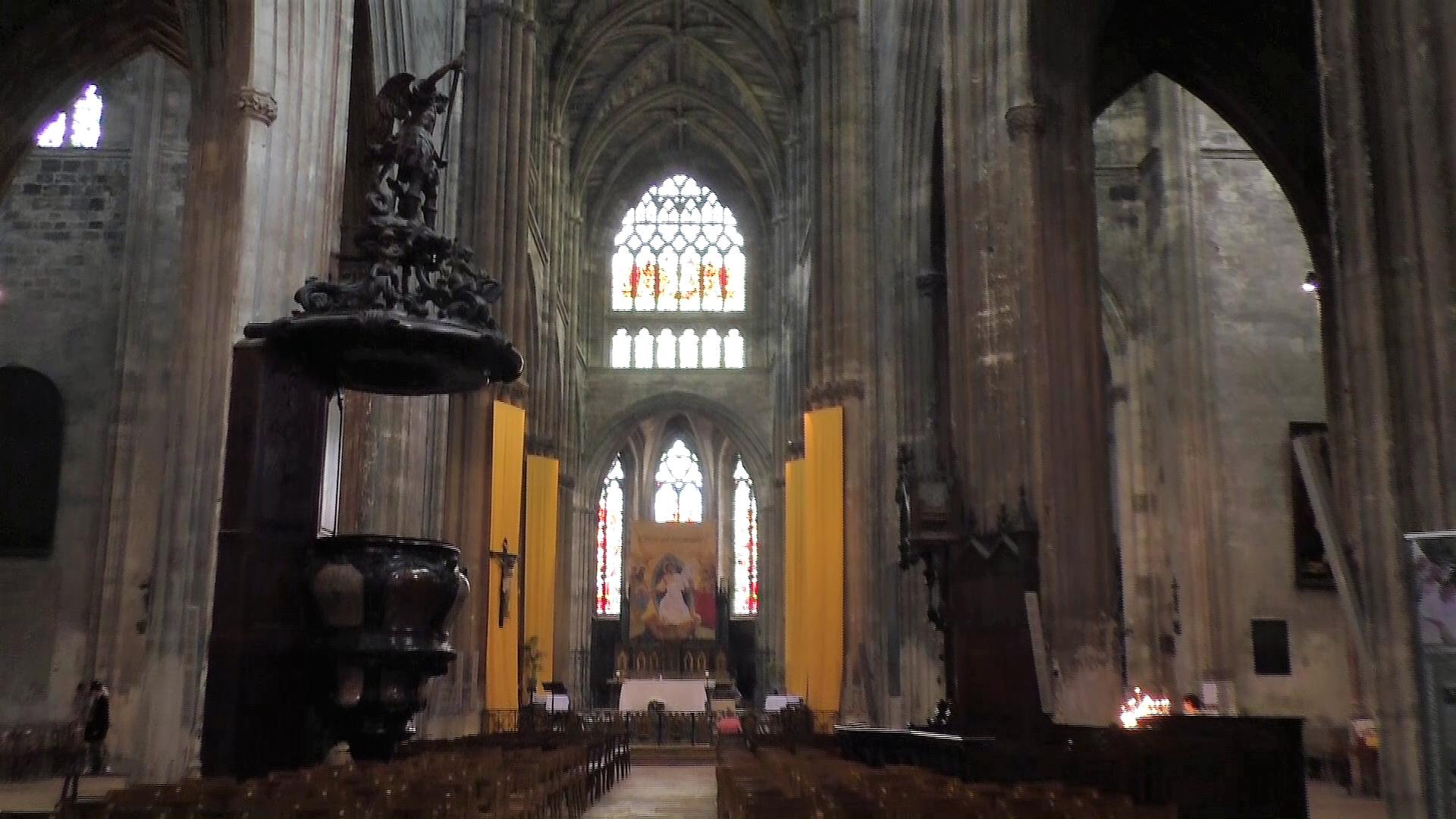 die Basilica innen