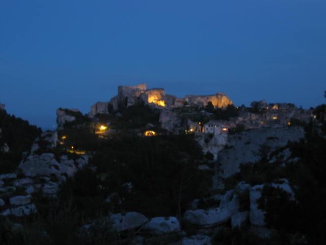 Le Baux bei Nacht