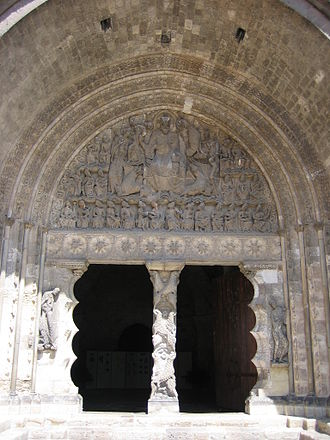 Portal von Saint Pierre