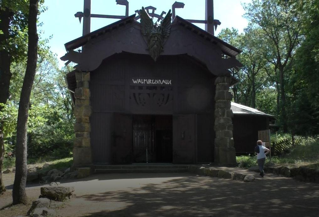 Walburgishalle