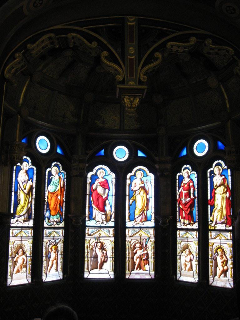 herrliche Kirchenfenster