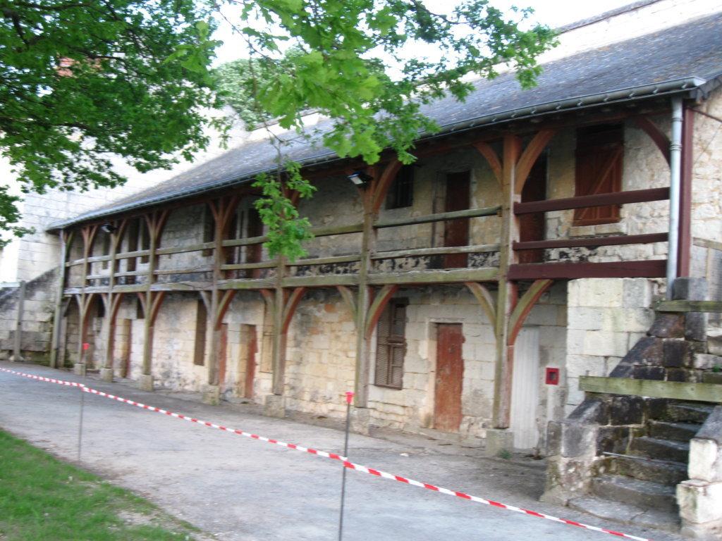 alte Stallungen im Chateau