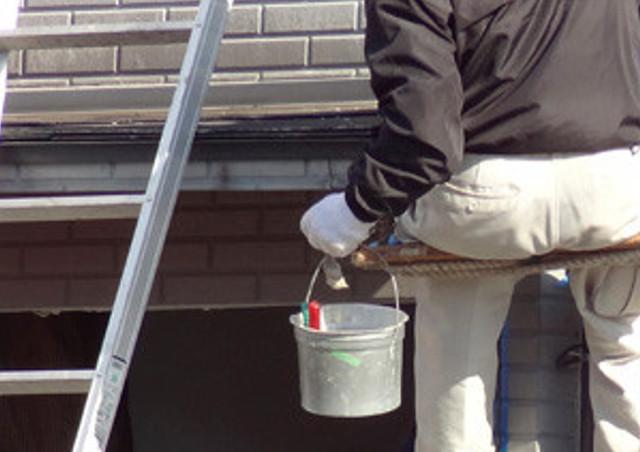 外壁塗装の塗り替えを検討するタイミング