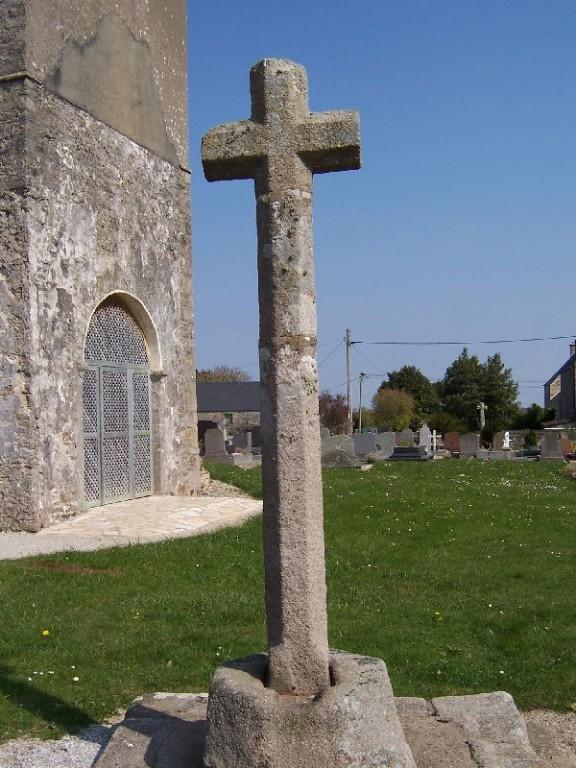 calvaire ancienne église Saint Pierre