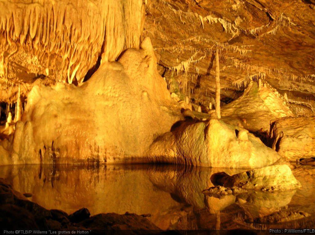 Altitude 445 | Te ontdekken wat verderop | Grottes van Hotton | ©Pascal Willems, FTLB