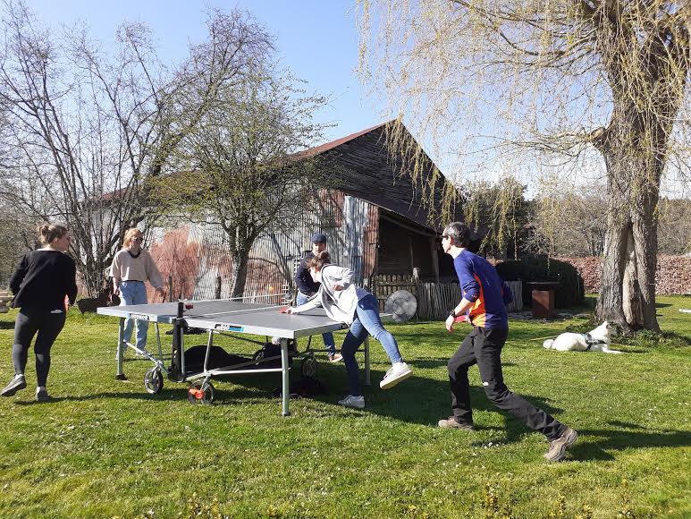 Altitude 445   Table de ping-pong