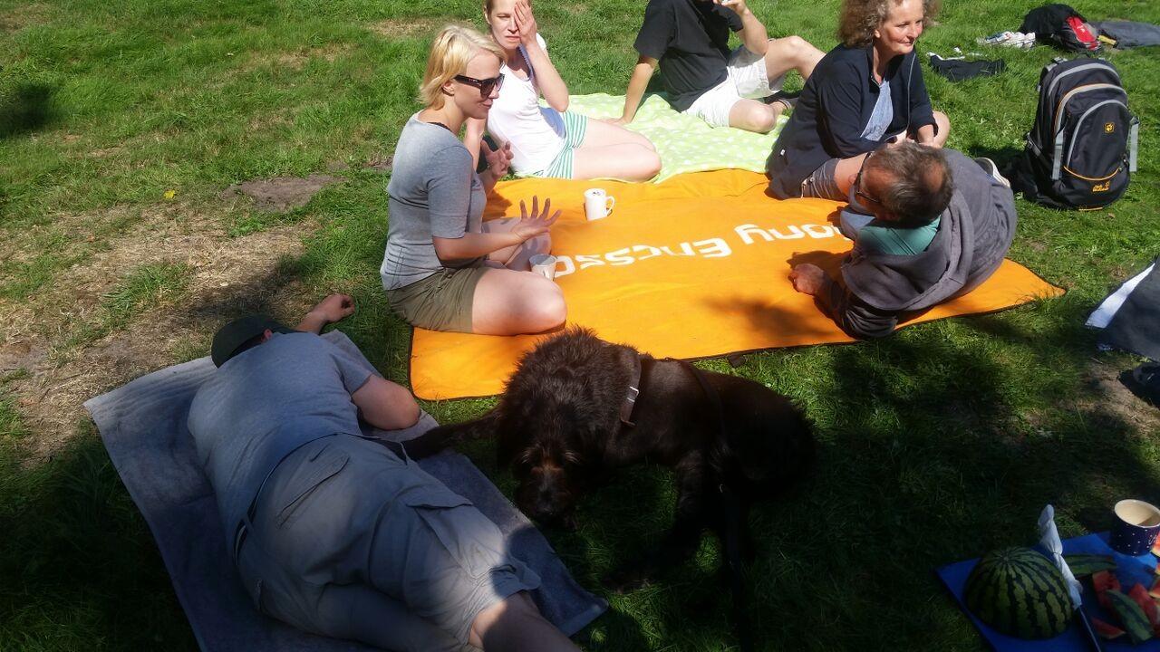 Gemeinsames Picknick im Ziel