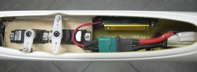 RC-Einbau Rumpfboot (Höhe/Seite/RX/Akku mit Limiter)